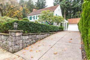 brampton-paving-residential-concrete-driveway-final-product