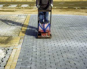 brampton-paving-vibrating-roller-for-compacting-interlocking-paving