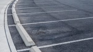 commercial-lot-with-vehicle-parking-striping